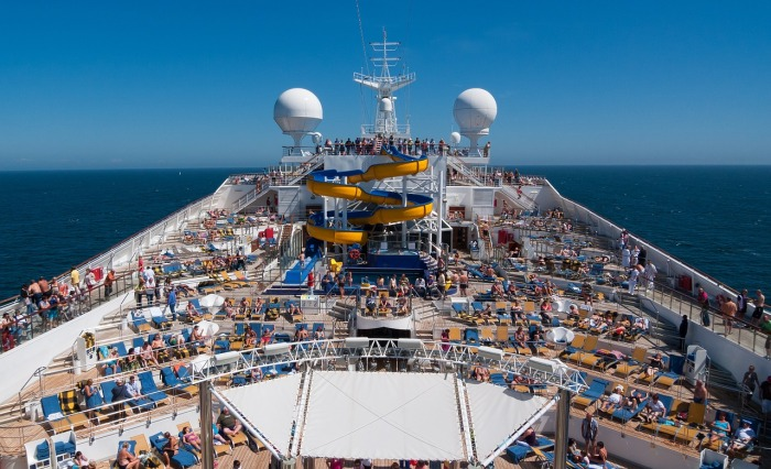 10 Tips for Surviving a Week-LongCruise